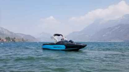 Charter Motorboat Mastercraft Xstar Annecy
