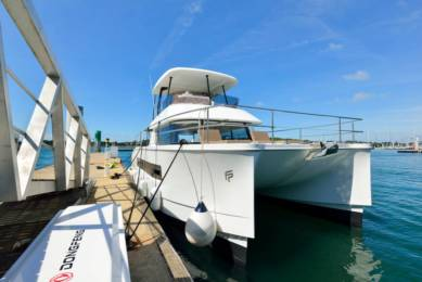 Charter Catamaran Fountaine Pajot My37 Lorient