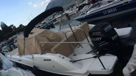 Quicksilver Open 675 200 Cv a Annecy