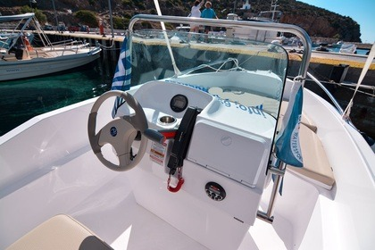 Rental Motorboat Olympic 490 CC Sifnos