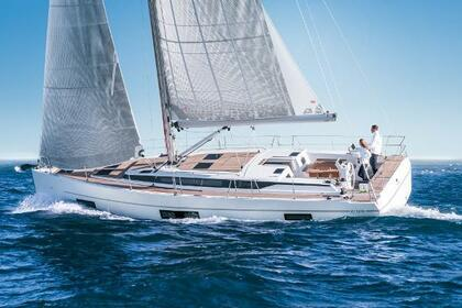 Hire Sailboat Bavaria 45 Cruiser Saint Julian's