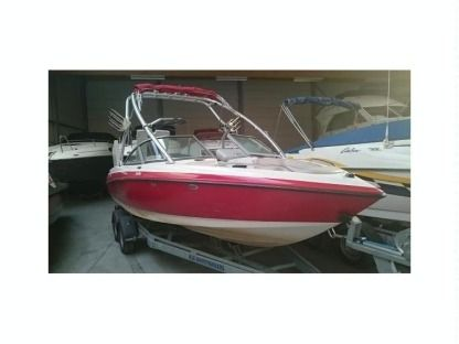 Rental Motorboat Mastercraft X10 Mâcon