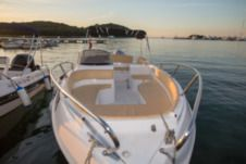 Motorboat Marinello 22 Eden Open for rental