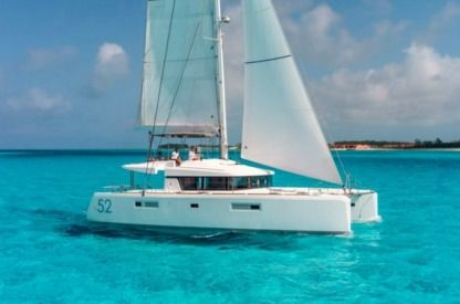 Location Catamaran Lagoon 52 Victoria