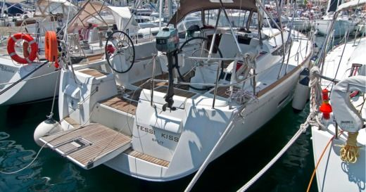 Sailboat Jeanneau Sun Odyssey 439 Tessi Kiss for hire