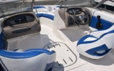 Rental Motorboat Beneteau Four Winns Poreč