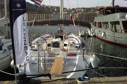Hire Sailboat JEANNEAU Odissey 53 Salerno