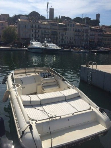 Fiart Mare Fiart 23 Sport in Cannes for hire