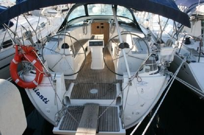 Rental Sailboat Bavaria 40 Cruiser Seget Donji