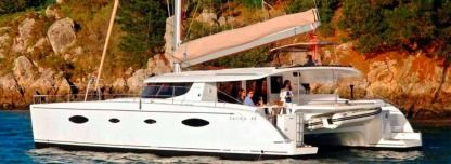 Location Catamaran Fountaine Pajot Salina 48 Cannes