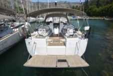 Sailboat Jeanneau Sun Odyssey 419 for hire