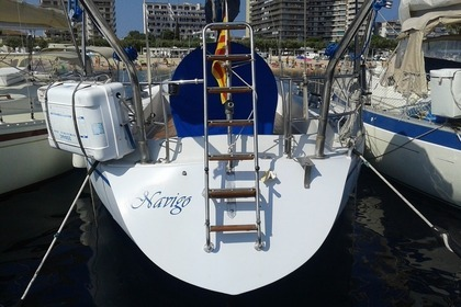 Hire Sailboat NORTH WIND 38 Palamós
