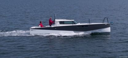 Charter Motorboat Pogo Structures Loxo 32 Combrit