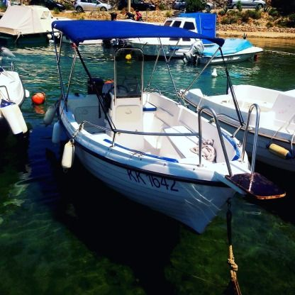 Miete Motorboot Reful 490 Open Hvar