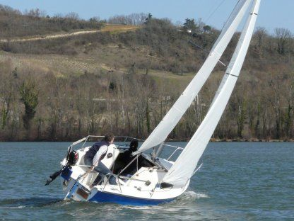 Charter Sailboat Jullien Micro Challenger Annecy