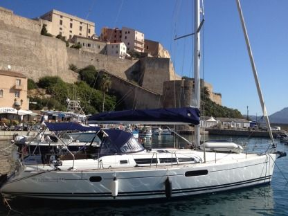 Rental Sailboat Jeanneau Sun Odyssey 44I Performance Hyères