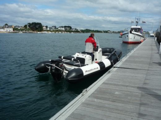 RIB Pro Marine Manta 550 for hire