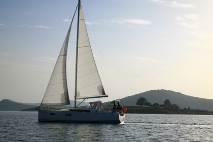 Rental Sailboat Beneteau Oceanis 38 Marmaris