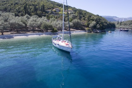 Hire Sailboat BAVARIA 47 Lefkada