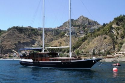 Rental Sailboat Motorsailer 18 Mt Catania
