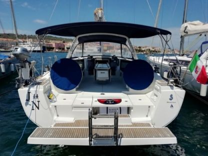 Rental Sailboat Beneteau Oceanis 45 Carloforte