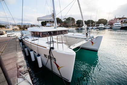 Charter Sailboat LAGOON 400 Salerno