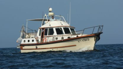 Charter Motorboat Lavagna Motomar 43 Palermo
