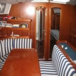 Sailboat Beneteau Oceanis 440