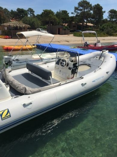 Gommone Zodiac Medline 2 tra privati
