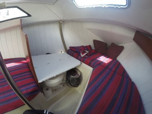 Sailboat Beneteau Kerlouan for hire