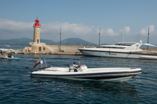 Rental RIB Chasecraft Genius Saint-Tropez