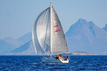 Rental Sailboat DUFOUR 34 E Performance Bodø