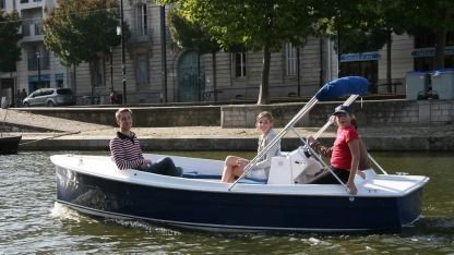 Rental Motorboat Ruban Bleu Scoop Gruissan