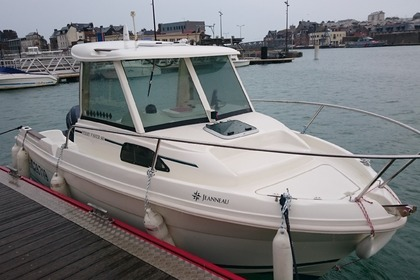 Hire Motorboat JEANNEAU merry fisher Brest