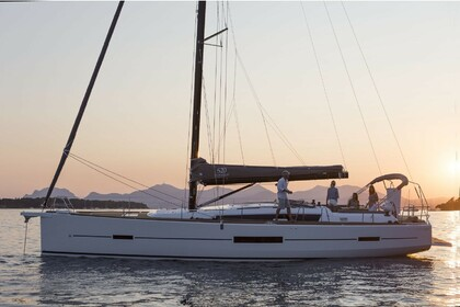 Rental Sailboat DUFOUR 520 GL Lefkada