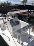 Motorboat Sea Hunt 22 for rental