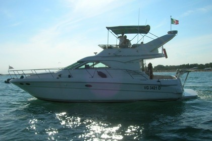 Hire Motorboat SEA RAY 400 SEDA BRIDGE Chioggia