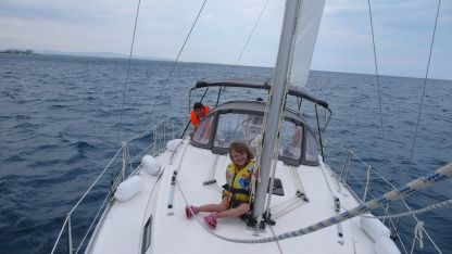Rental Sailboat Bavaria Bavaria Cruiser 32 Saint-Cyprien