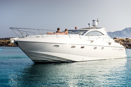 Hire Motorboat Rizzardi 45 Porto Cervo