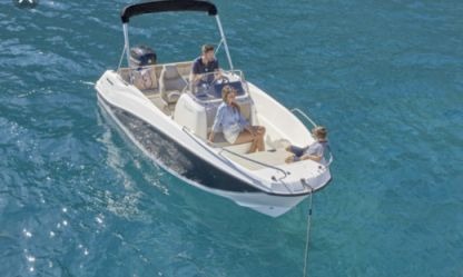 Rental Motorboat Quicksilver Active Open Le Grau-du-Roi