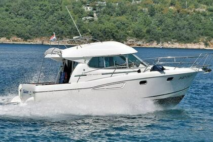 Rental Motorboat Jeanneau Merry Fisher 925 Crozon