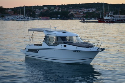 Hire Motorboat JEANNEAU MERRY FISHER 795 Krk