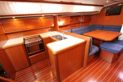 Sailboat Cantiere Del Pardo Grand Soleil 50 peer-to-peer