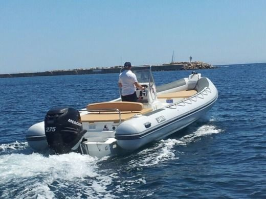 Charter rIB in Porto Torres peer-to-peer