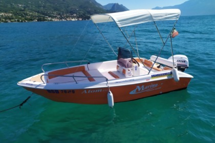 Charter Motorboat Marino 470 Open Sirmione
