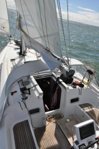 Beneteau Oceanis 37 in Arzal for hire