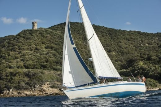 Jeanneau Sunshine 36 in Ajaccio peer-to-peer