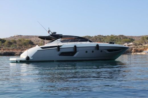 Motorboat ATLANTIS 48 peer-to-peer