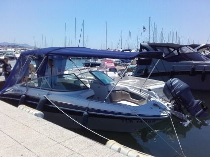 Charter Motorboat Four Winns Horizon 240 Bandol
