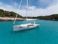 Beneteau Oceanis 41.1 in Trogir for hire